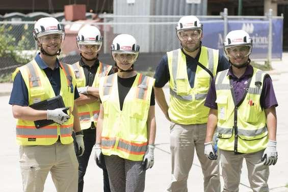 Trabajos de construcción en el extranjero