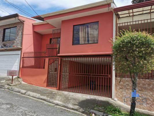 Vendo casa moravia urbanización monte luz calle el moral