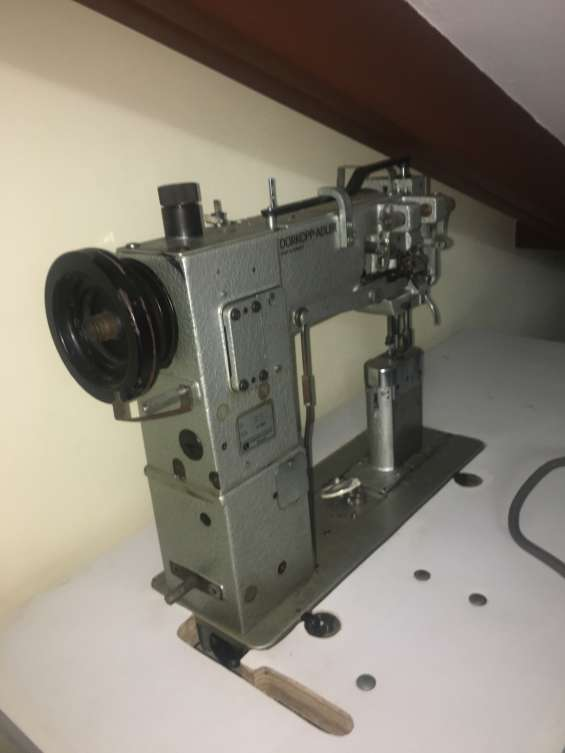 Maquina de coser durkopp adler de triple transporte de poste de 2 agujas