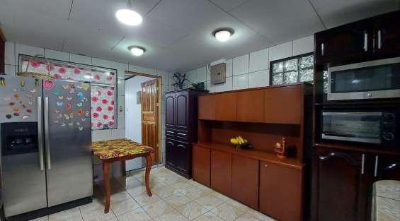Se vende espectacular casa en dulce nombre de coronado.