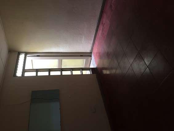 Se alquila apartamento condominio