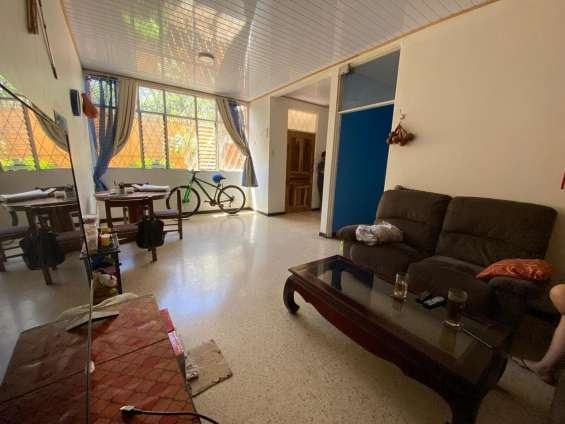 De oportunidad hermosa casa en san josé, sabana sur.