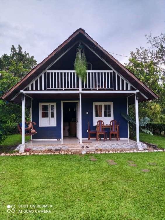 Bellísima casa tipo cabaña en la fortuna de san carlos.